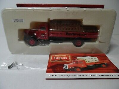 Corgi 1/50 # US74505 Collectors Edition Budweiser White Flatbed with load