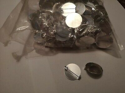 Approx 130-140 SILVER TONE ROUND 25mm BROOCHES BACKS/Banks Clips Badge Pins lot9