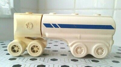 Vintage Avon Bottle King of The Road Truck & Powder 1970s Trailer Collectable