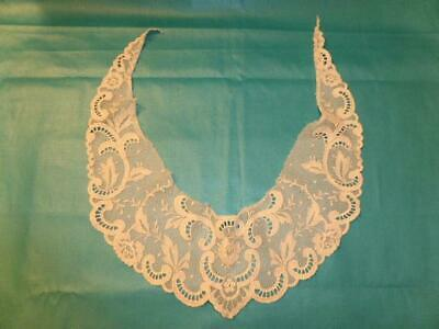 Antique Lace Collar - 27 Inch