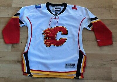 Calgary jersey youth size 16