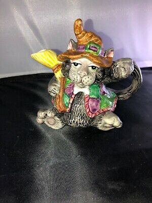 1992 Fitz and Floyd Halloween Cat Pitcher