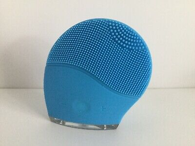 Uniright Waterproof Sonic Facial Cleansing Brush - With Usb Charger