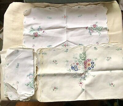 Set of 9 Vintage Madeira  Elaborate Embroidered Place Mats/Table Runner