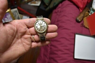 VINTAGE 17 jewel mens wrist watch