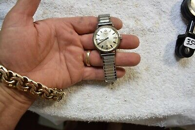 VINTAGE elgin 17 jewel mens wrist watch