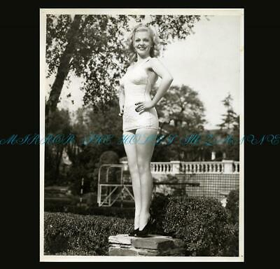 Vintage 1940 Unseen Sexy Vivian Blaine Leggy Swimsuit Cheeescake Photo Hollywood