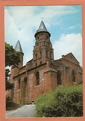 608 - Collonges-La-Rouge - Eglise Romane Et Clocher De Style Limousin - Neuve
