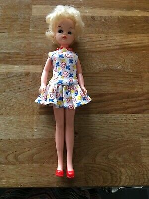 "Sindy by Pedigree ""Uptown Girl"" approx 1985 with dress, necklace and shoes"