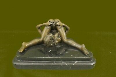 Bronze Sculpture Signed Olivino Gorgeous Nude Model Posing For Camera Statue Art