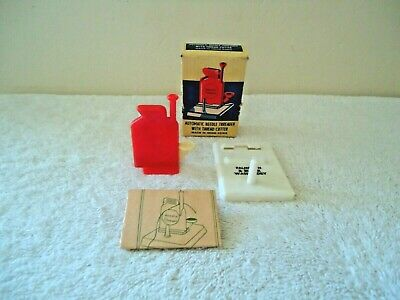 Vintage Made In Hong Kong # 450 Automatic Needle Threader With Thread Cutter