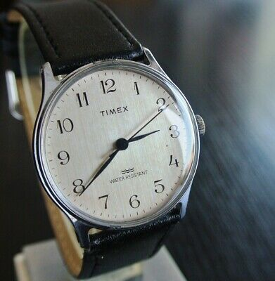 Vintage Timex 1970 Sport Elegant Thin Mechanical Wind Up Men's Silver Dial Watch