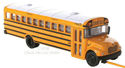 International CE Yellow School Bus 1/87 HO Scale Walthers SceneMaster #949-11701