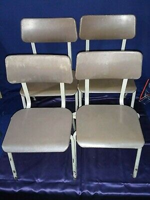 4 Pel Forme Childrens Stacking Chairs - 2 each of 2 sizes - Vintage/Retro 1970,s