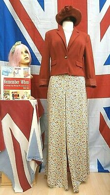 Retro Vintage 1940`s 1950,s 1960,s style short lined jacket size 12