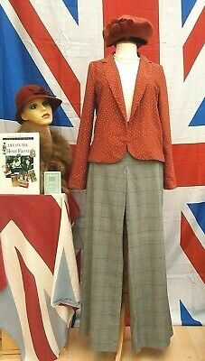 Retro Vintage 1940`s 1950,s 1960,s  style polka dot  jacket to fit size 10 - 12