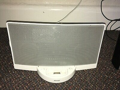 Bose SoundDock Portable Digital Music System With Original Power Unit
