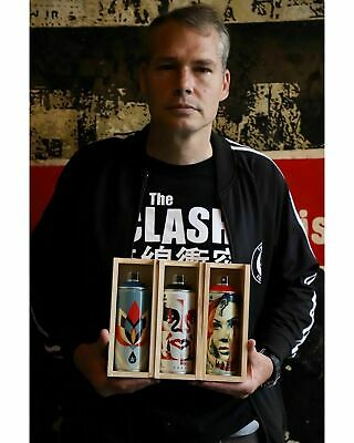 Shepard Fairey X Montana Spray Can Paint Set Beyond The Streets Obey Giant Print