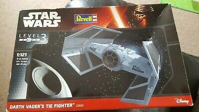 Revell Model Star Wars Darth Vader's Tie Fighter 1:121 Scale
