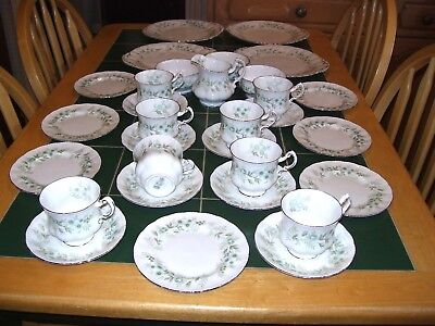 Paragon Beautiful Debutante 31 Piece Bone China Tea Service