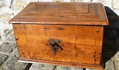 Fine Original 17th Century Oak Box With Original Ironwork Hinges Lock And Key