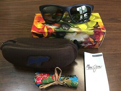 cc6199d3e8c8 New In Box Maui Jim Sunglasses Secrets 767-2M Matte Black / Gray Lenses