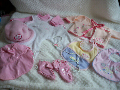 """Zapf Creations Baby Annabell Dolls Clothes /Hanger.for 17/18""""Baby Dolls Gc Used."""