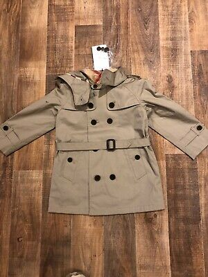 New With Tag BURBERRY BABY BOYS TAUPE CARLISLE TRENCH COAT 18 Months