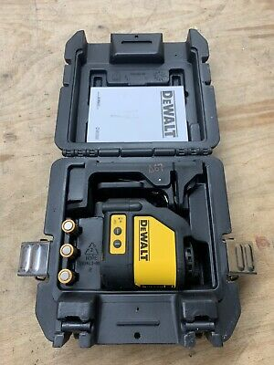 Dewalt DW088K Self levelling line cross line laser kit Red Beam T67