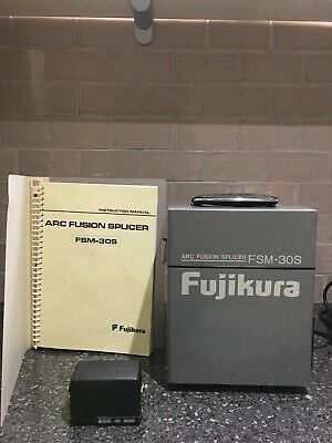 Fujikura FSM-30S SM MM Fibre Core Alignment Fusion Splicer + CT07 Cleaver & Case