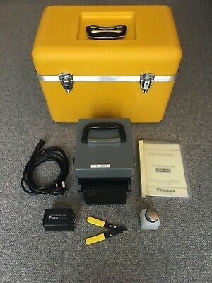 Fujikura FSM-40S Fibre Core Alignment Fusion Splicer Arc Count 6373 + Cleaver