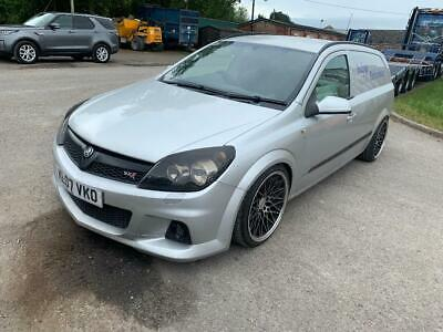 Vauxhall Astra 1.7TDi 6 Speed Sportive Van Modified Coliovers Stanced VXR Front
