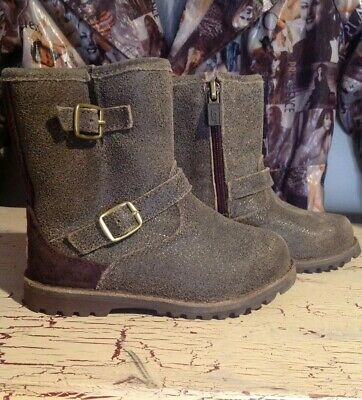 6dff38c0560 UGG BOOTS Toddler Brown sz 8 Harwell Bomber Retail 80$