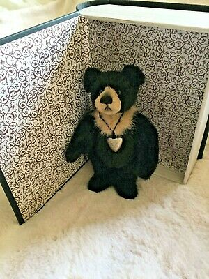 Adorable Charlie Bears Bear Therapy Plush Hug Book Collection Isabelle Lee 2019