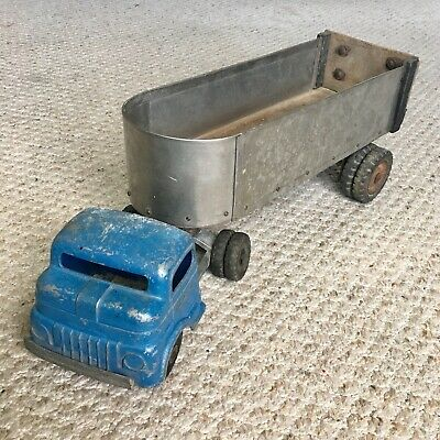 Vintage 1950s Structo Toys Semi Truck w/ Handcrafted Metal & Wood Trailer RARE!!