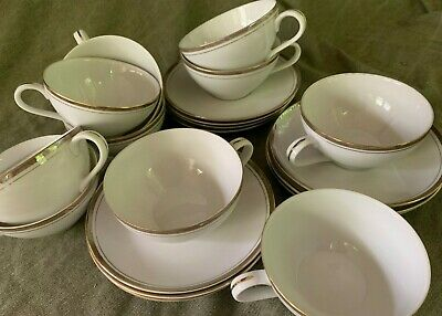 Royalton China Co GOLDEN ELEGANCE Japan (Set of 10) Coffee Cups & Saucers