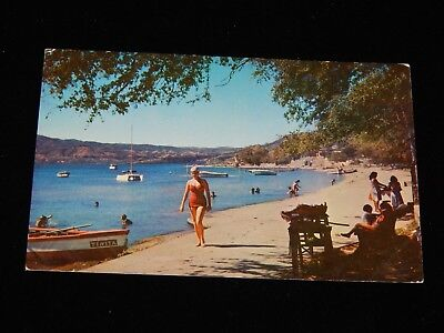 Vintage Postcard,SAN SALVADOR,EL SALVADOR,Woman Apulo Beach Resort,Lake Ilopango