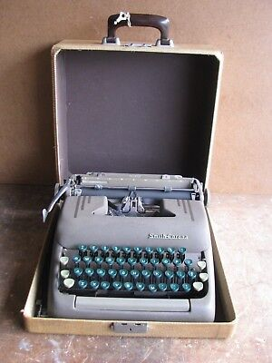 Vintage Smith-Corona Silent  Portable Typewriter