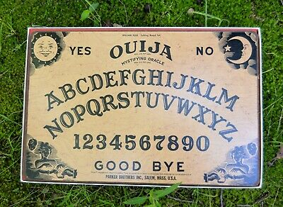 vtg 1972 Parker Brothers OUIJA BOARD GAME Mystifying Oracle Fuld Set Hard board