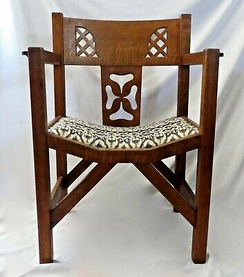 Arts & Crafts Carved OAK MISSION ARMCHAIR w/Curved Back + Seat. Upholstery Tacks