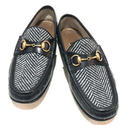 a7d21f9bf636 AUTHENTIC GUCCI Loafers Horsebit Bee Leather shoes Black x White Leather /wool