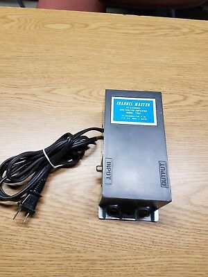 Channel Master TV signal distribution amplifier - Model 7363 -VHF/UHF Dual Band