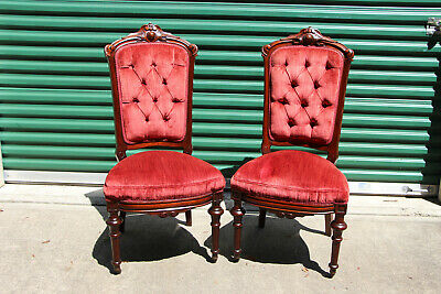 Superb Pair of Walnut Victorian Renaissance Revival Chairs w Tufted Backs Ca1870