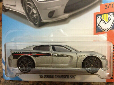 Worldwide 15 DODGE CHARGER SRT #66 silver 2018 Hot Wheels C Case