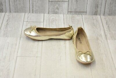 ** Kenneth Cole Reaction Kids Copy Tap Flats - Gold - Big Kid's Size 4