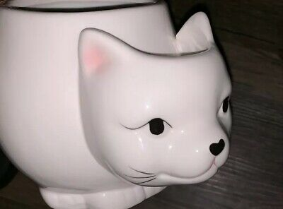10 Strawberry Street Figural WHITE CAT MUG w/ Built-In Tea Bag Holder Cat Lovers