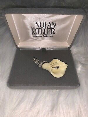NEW NOLAN MILLER Calla Lily Lucite Flower Clear Rhinestone Silver Brooch Pin