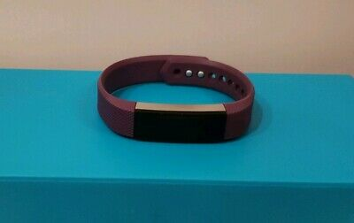 Fitbit Alta Fitness Wristband Activity Tracker Purple. Size small. Preowned.