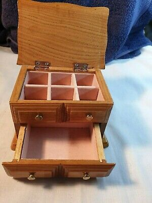 Solid  Wood  Vintage Style Jewellery Box    fully lined inside