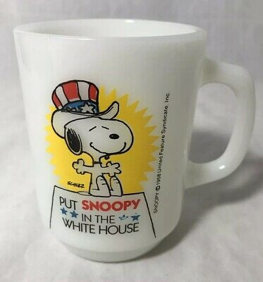 Put Snoopy In The White House Milk Glass Coffee Cup Mug 1980 USA Vintage